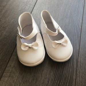 3 for $15 • White Baby shoes size 3